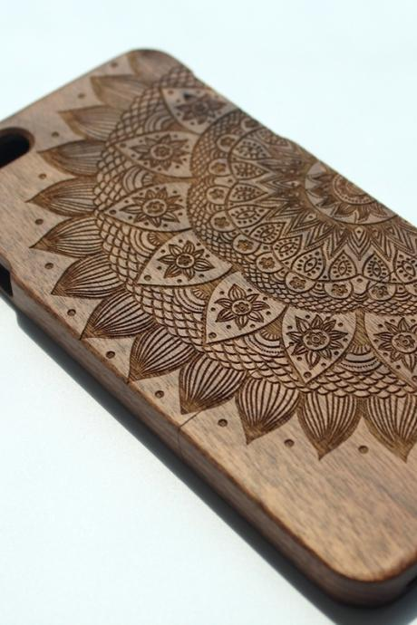 Nature Wood iPhone 6 plus case. 6PW01
